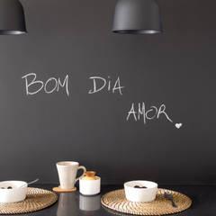 Apartamento em Telheiras - Lisboa: Cozinhas  por MUDA Home Design