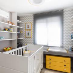 Phòng trẻ em by Pura!Arquitetura