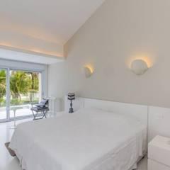 Bedroom by Tammaro Arquitetura e Engenharia