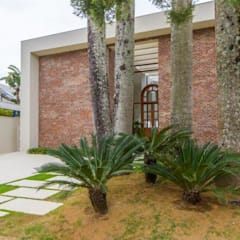 L24: Casas  por Tammaro Arquitetura e Engenharia