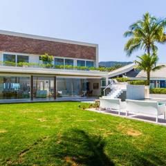 L24: Jardins  por Tammaro Arquitetura e Engenharia
