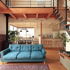 FUN! HOUSE!: こぢこぢ一級建築士事務所が手掛けたリビングです。