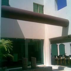 Garden Pool by SG Huerta Arquitecto Cancun
