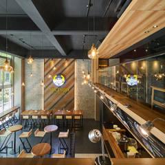 ห้องทานข้าว by 青瓷設計工程有限公司
