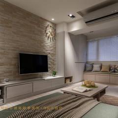 غرفة المعيشة تنفيذ 垼程建築師事務所/浮見月設計工程有限公司