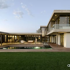 House Nel:  Houses by Anthrop Architects,