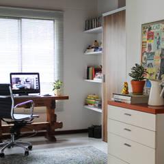 Panoramica: Habitaciones de estilo clásico por TRES52 - Mobiliario