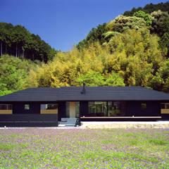 秋月の家: 柳瀬真澄建築設計工房 Masumi Yanase Architect Officeが手掛けた家です。
