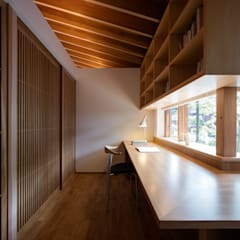 اتاق کار و درس by 柳瀬真澄建築設計工房 Masumi Yanase Architect Office