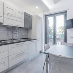 Ristrutturazione appartamento Roma, Bufalotta Cucina moderna di Facile Ristrutturare Moderno