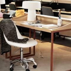 Oficinas Col. Juarez: Oficinas y tiendas de estilo  por Alinka Interiorismo
