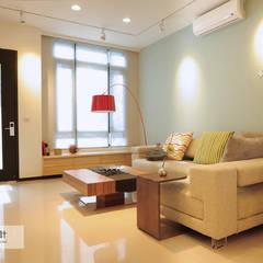غرفة المعيشة تنفيذ 上云空間設計 , إسكندينافي