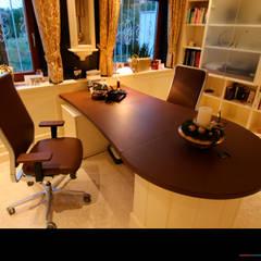 Büro: klassische Arbeitszimmer von Wagner Möbel Manufaktur