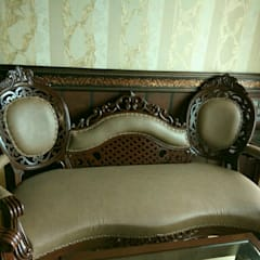 Formal 2 Seater: eclectic  by MARIA DECOR,Eclectic