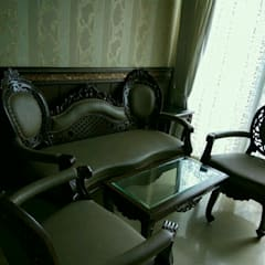 Formal Seating: eclectic  by MARIA DECOR,Eclectic