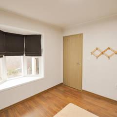 하늘과 맞닿은 집 : 꿈애하우징의  서재 & 사무실