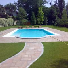 Kolam Renang oleh Aquazzura Piscine, Modern