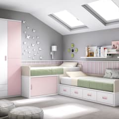Nursery/kid's room by CREA Y DECORA MUEBLES