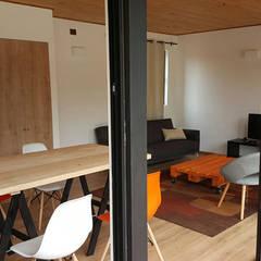 Casa Mirasol - Algarrobo: Livings de estilo  por Lares Arquitectura