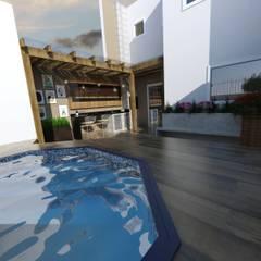 Pool by Ana Coutinho Arquitetura
