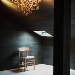 A'greatの家: 風景のある家.LLCが手掛けた寝室です。,インダストリアル