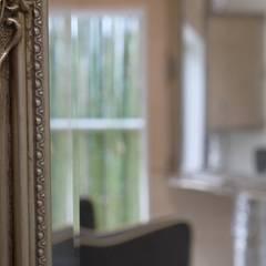 A'greatの家: 風景のある家.LLCが手掛けた和室です。