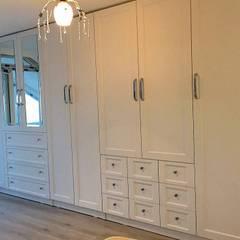 Dekoroba İç Mimari & Dekorasyon – MUTFAK VE YATAK ODASI:  tarz Yatak Odası