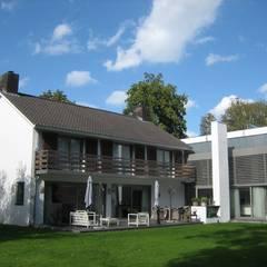 Modern houses by Thomas Kemme Architecten Modern