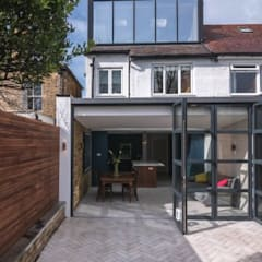 3 Fenwick Grove:  Houses by Diamond Constructions Ltd