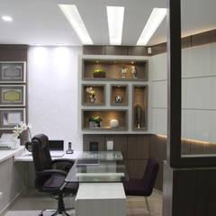 Clinics توسطSuelen Kuss Arquitetura e Interiores, مدرن ام دی اف