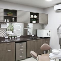 Clinics by Suelen Kuss Arquitetura e Interiores