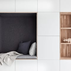 Woonhuis   Leiden:  Woonkamer door Design Studio Nu