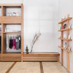 Eingangsbereich und Shop Spirit Yoga:  Geschäftsräume & Stores von Britta Weißer Innenarchitektur