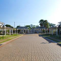 RUA AMPLA: Lojas e imóveis comerciais  por VOLF arquitetura & design