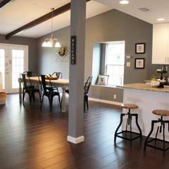 Home Staging San Antonio Tx Leon Valley: Salas de estilo  por Noelia Ünik Designs