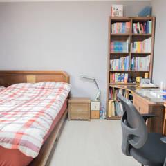 꿈속의 동화같은 단층 목조주택: 꿈애하우징의  다이닝 룸,지중해