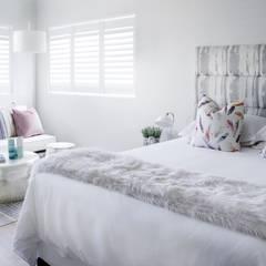 Guest bedroom 1:  Bedroom by Salomé Knijnenburg Interiors