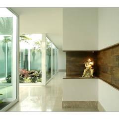 الممر والمدخل تنفيذ Luciana Savassi Guimarães arquitetura&interiores