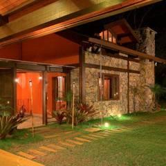 راهرو by Patricia Abreu arquitetura e design de interiores
