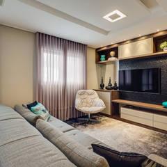 Estar íntimo - Sala tv: Salas multimídia modernas por Tatielly Zammar Arquitetura