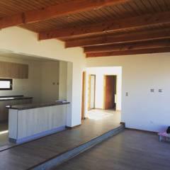 vista interior living: Comedores de estilo  por Vinci studio