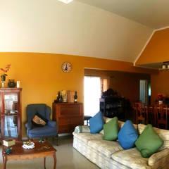 Casa Diaz, Talagante.: Livings de estilo  por Toledo estudio Arquitectos, Rural