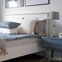 wizja-wnętrza z pomyslem: styl , w kategorii Sypialnia zaprojektowany przez MIKOŁAJSKAstudio