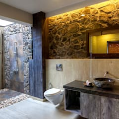 Kavardhara Villa :  Bathroom by Inscape Designers