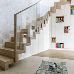 Koridor dan lorong oleh Saje Architekci Joanna Morkowska-Saj