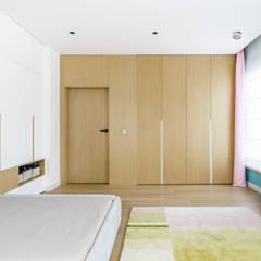 pokój córki : styl , w kategorii Pokój dziecięcy zaprojektowany przez Anna Maria Sokołowska Architektura Wnętrz
