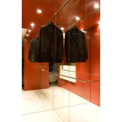 Vestidor: Vestidores de estilo  de AF-ARQUITECTOS