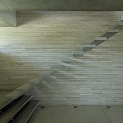 RSP House: Paredes de estilo  por Enrique Barberis Arquitecto
