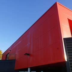 PORTFOLIO: Maisons de style  par ALFA Architecture