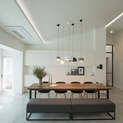 minimalistic Dining room by (주)바오미다